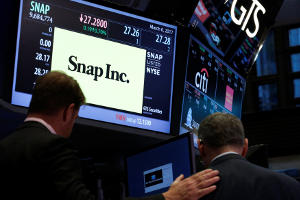 Investor group seeks to bar Snap from indexes over voting rights