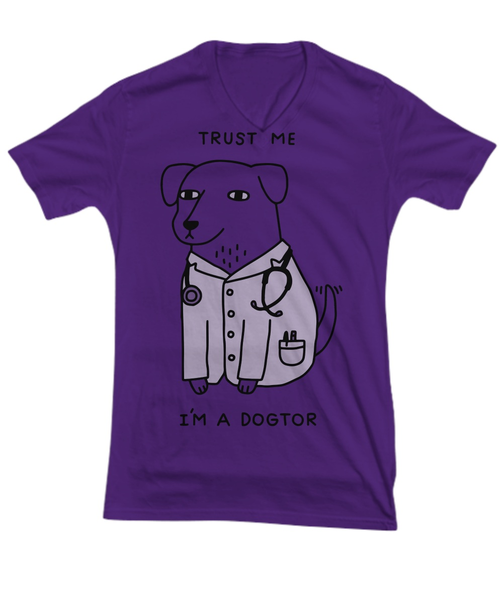 Trust me i'm a dogtor V-neck