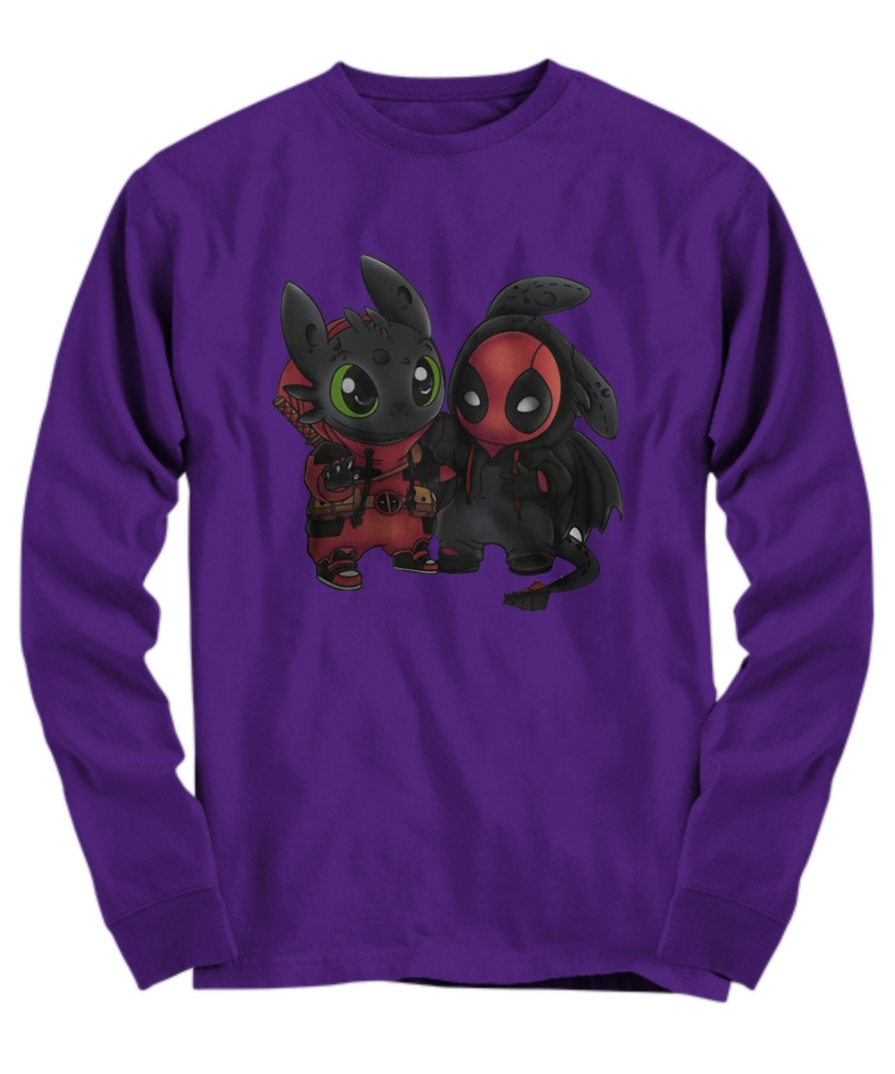 Baby deadpool and toothless Long Sleeve Tee