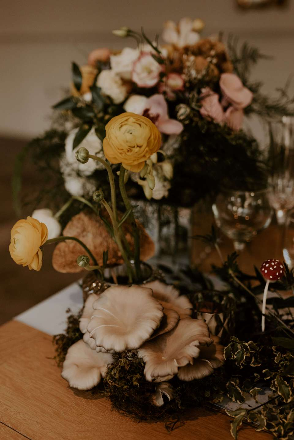 A close up still life portrait of beautiful wedding florals created by Amethyst Event Productions