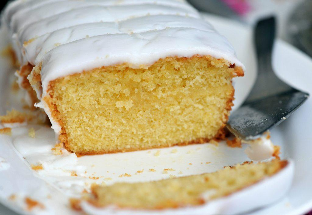 Cake Recipes Using Sour Cream Uk