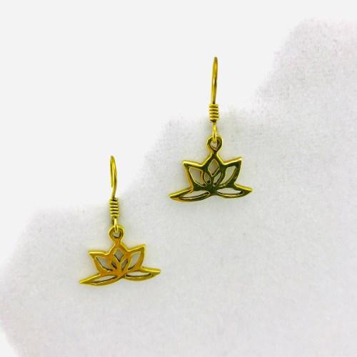 Les Boucles D'oreilles – Lotus Design