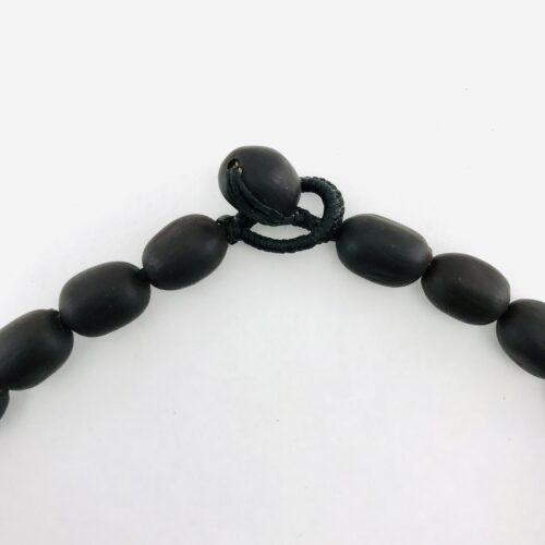 Lotus Short Kround – Natural Seeds Necklace - Detail