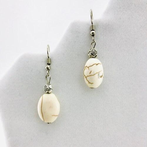 Flower And Stone Earrings - White