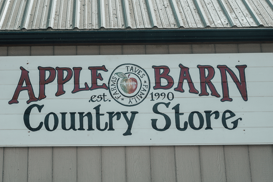 apple-barn-taves-family-farms-abbotsford-bc