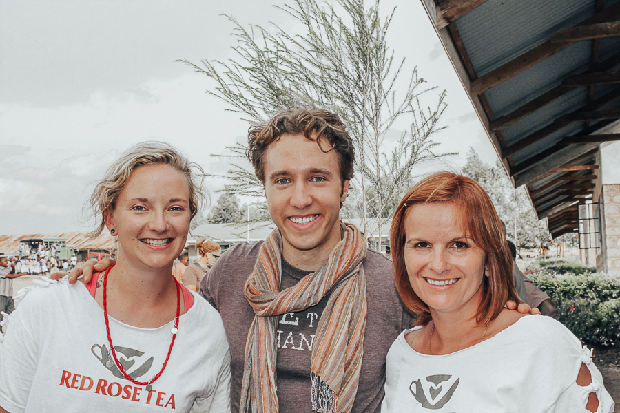 craig-kielburger-red-rose-tea-kenya