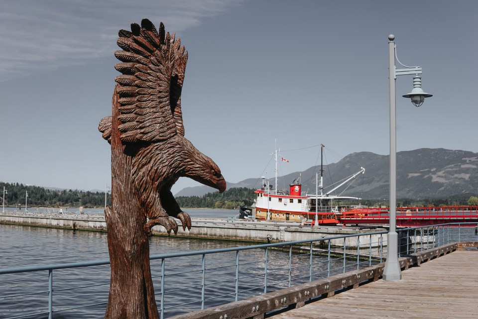 port-alberni-bc-harbour-quay-swept-away-inn