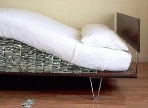 Nederlandse bejaarden slapen steeds beter nu hun pensionreserves verkleinen.