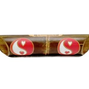 Altavoz de bambú pintado Yin Yang Heart rojo y blanco