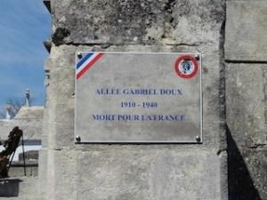 Hommage aux soldats des deux Guerres à Caderousse