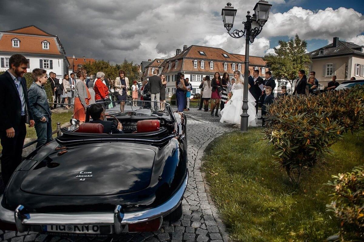 Hochzeitsfotograf-Frankfurt-Auto