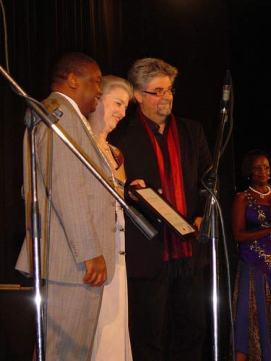 Receiving the WA Hofmeyr Award for 30 Nagte in Amsterdam, 2009.