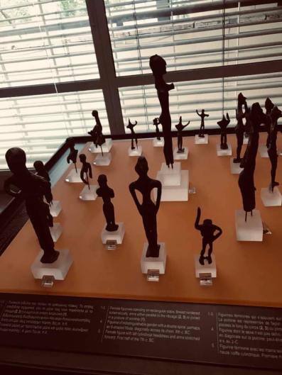Pagan idols found at Delphi dating between 800 BC and 600 BC