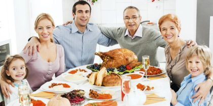 Americans: No politics or money over Thanksgiving dinner