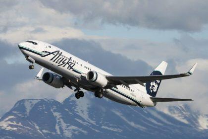 Alaska Air Group reports November 2016 operational results