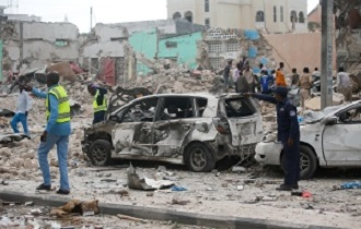 Dozens killed in Mogadishu hotel attack