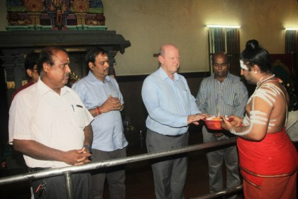 Hindus in Seychelles pray for Alain St.Ange
