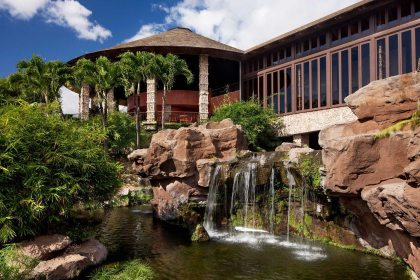 Romantic adults-only resort named Best Hotel on Maui