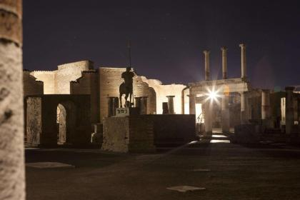 One night in Pompeii: New lighting of The Eternal City