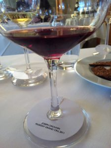 Drouhin.1.wine.glass