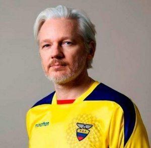 Ecuador's Foreign Ministry: Assange granted Ecuadorian citizenship