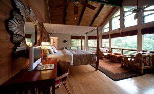 Hawaii offers good mix of tourist accommodation