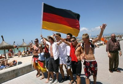 Long haul destinations boost German travel source market this summer