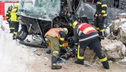 24 South Korean tourists injured in Austria tour bus crash