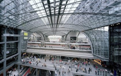 Berlin Central Train Station evacuated after WW2 bomb found