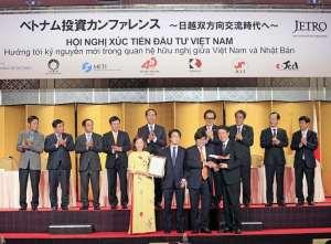 Vietjet launches direct flight from Hanoi to Osaka