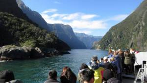Increasing overcrowding in New Zealand's tourist hotspots