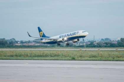 Ryanair strengthens union agreements
