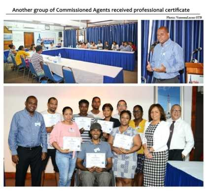 Another group of Commissioned Agents received professional certificate