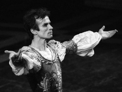 Silk caresses Nureyev: A tribute to the late world icon of the classic dance