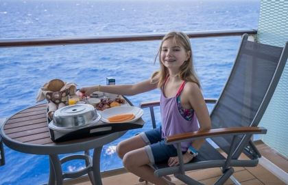Teens & tweens dining options reach the stars on cruise ships