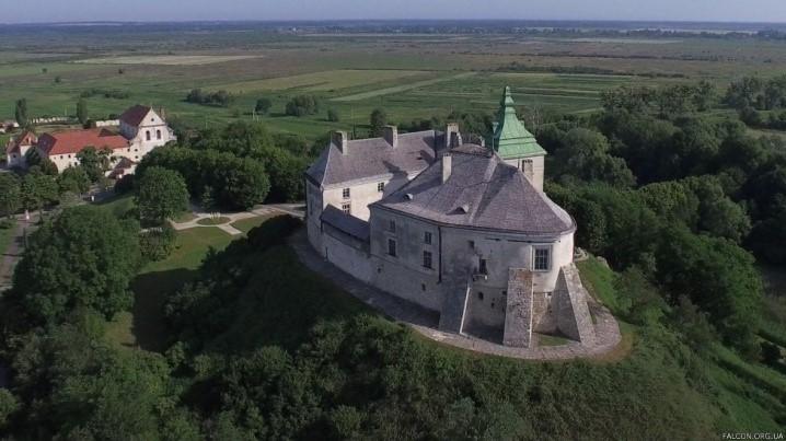 Олеський зaмок нa Львівщині