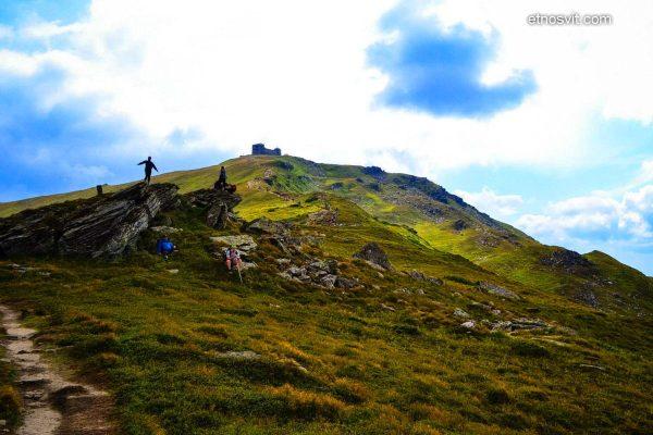Похід на гору Піп Іван