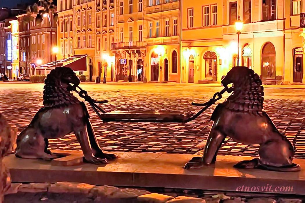 Містичний ЛЬВІВ | вечірня екскурсія по Львову / вихідні у Львові