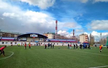 3 июня в Нефтеюганске стартовал городской турнир по мини-футболу