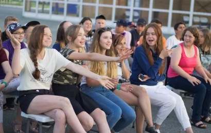 В Нефтеюганске проходит добровольческая смена для молодежи Югры.