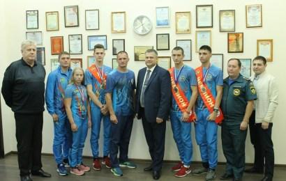 Нефтеюганские спортсмены вернулись с медалями с чемпионата России по пожарному спорту.