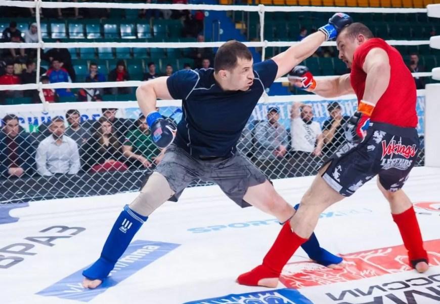 Нефтеюганец Нариман Солтанов стал чемпионом Уральского федерального округа по ММА.