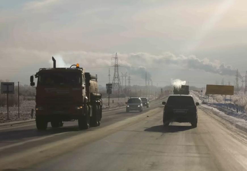 «Уралуправтодор» ввел режим повышенной готовности на трассах Югры