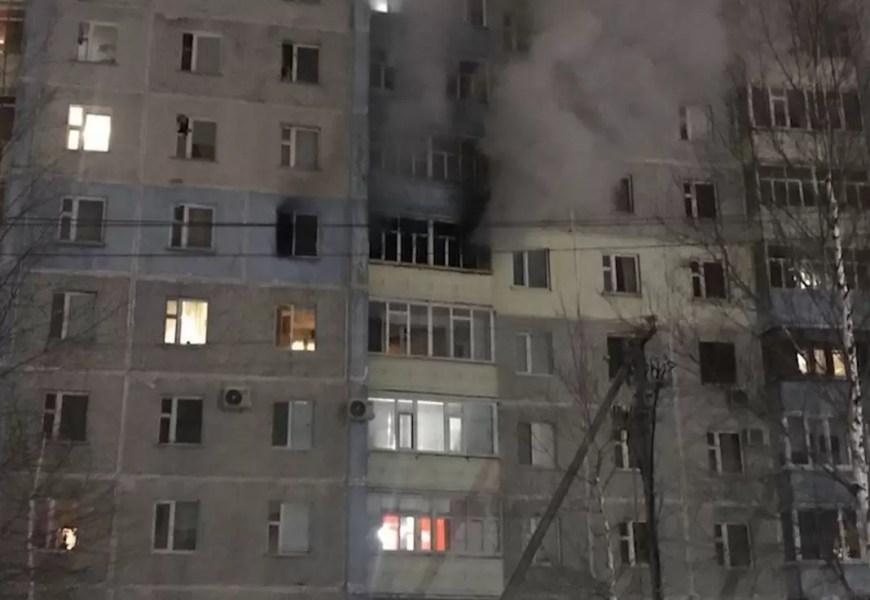 Нефтеюганские пожарные спасли пять человек