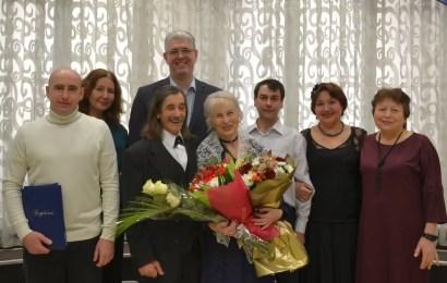 С «золотой свадьбой» супругов Морковкиных поздравили глава Нефтеюганска