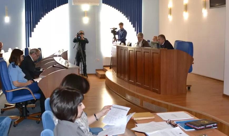 Власти Нефтеюганска планируют снести 20 нелегальных ларьков