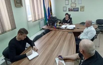 Председатель ТИК Нефтеюганска встретилась с главами местных отделений политпартий