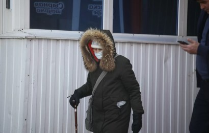 Комарова ввела на территории ХМАО обязательный масочный режим