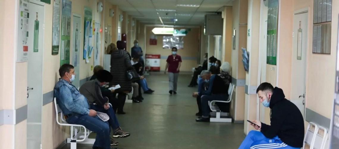 В Югре взрослые и дети стали чаще обращаться к врачам из-за ОРВИ