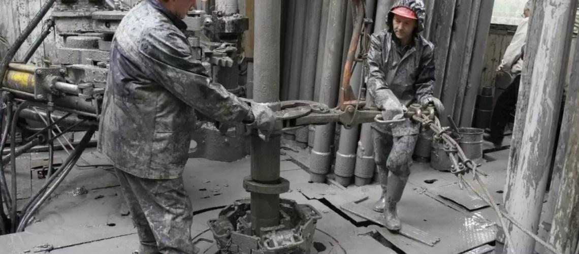 В Югре в прошлом году введено в эксплуатацию почти 4 тысячи новых добывающих скважин